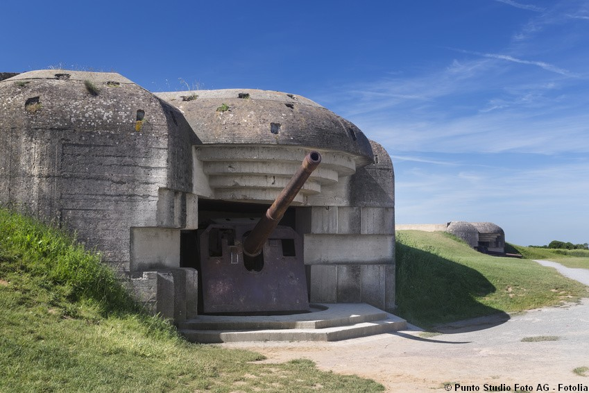 Observation bunker similar to Longues gun battery