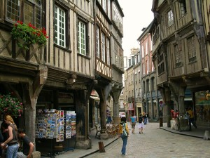 MIDDLE AGES IN BRITTANY